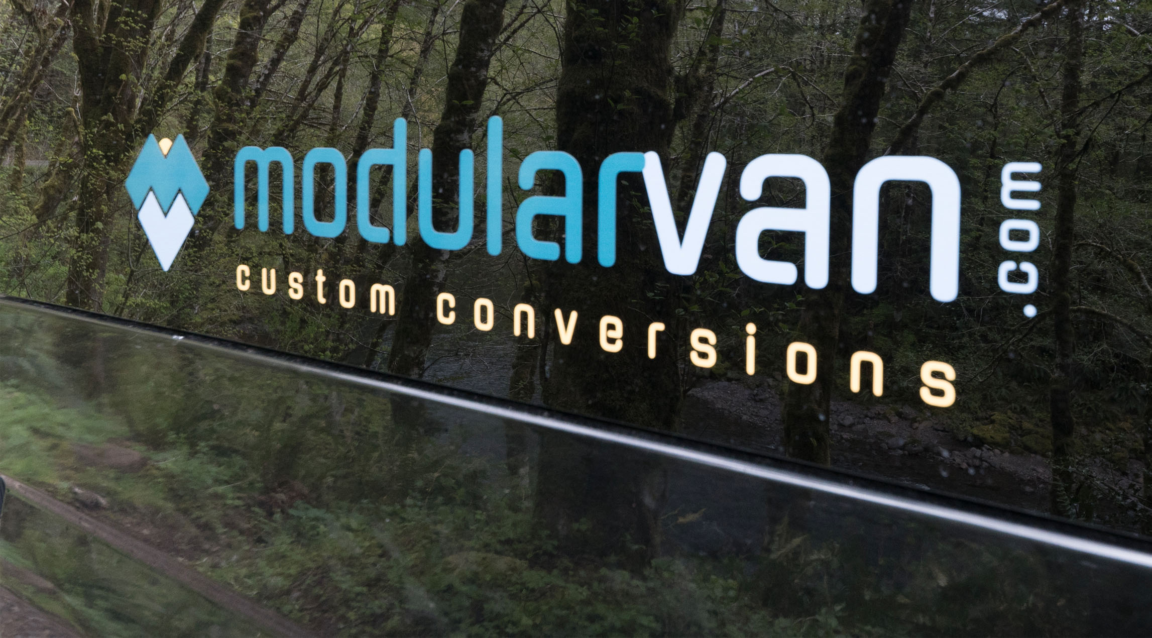 ModularVan.com sprinter van conversions - a CreatID solution